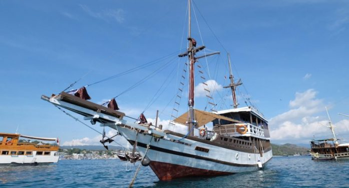 Komodo Cruise 4 Days